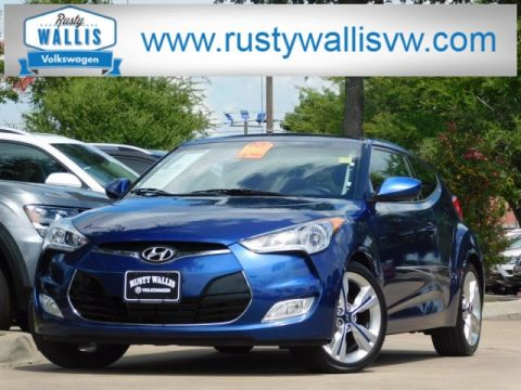 Pre-Owned 2017 Hyundai Veloster Value Edition